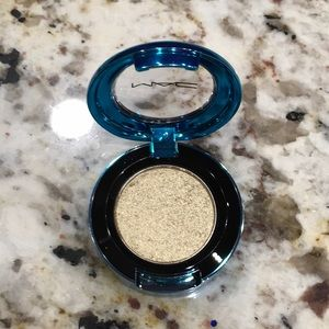 MAC Colordrenched Pigment Eyeshadow- Night Thrill
